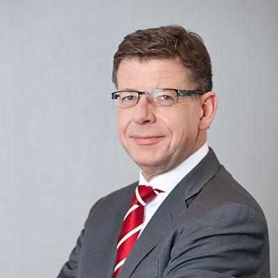 Chief Executive Officer T-Systems Reinhard Clemens Portraitfotos, 03. April 2013 in Bonn